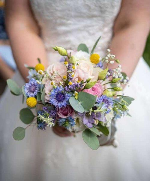 Bridal Posy rustic style daisy cornflower
