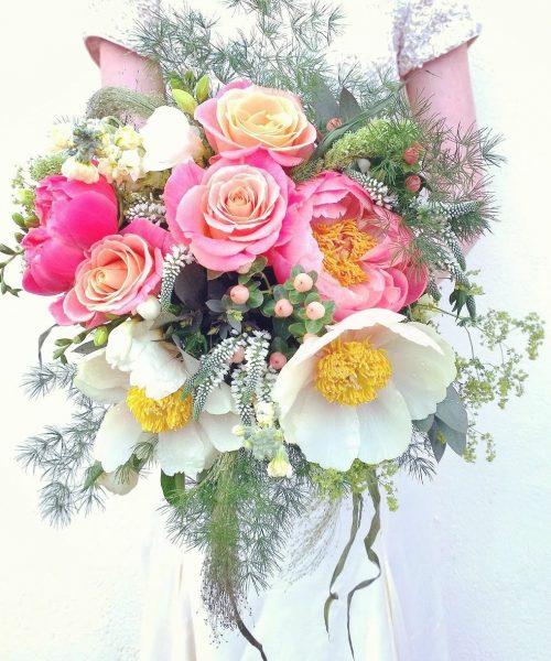 Large oversized bouquet peony