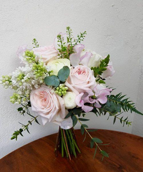 Small-Posy-Garden-roses-Larkspur-Floral-Design