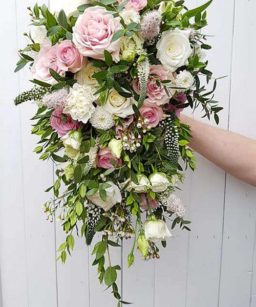 TRAILING-bouquet